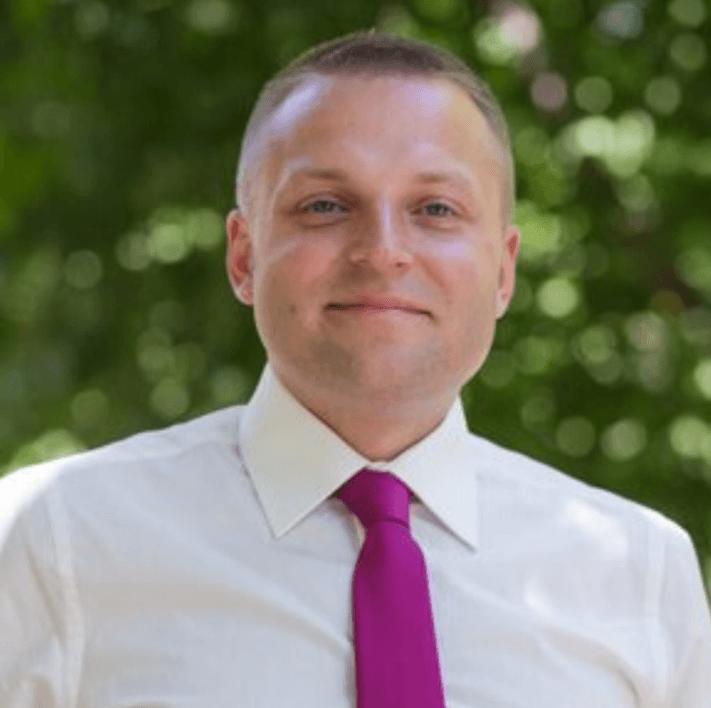 Adam Sobolewski Wyposażenie magazynu komentarz
